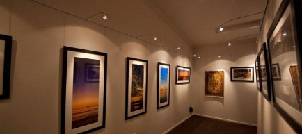 Gallery Systems: The Picture Hanging Systems Preferred by Home Owners, Artists and Galleries across the globe!
